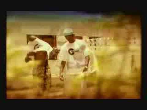 África – Gpro Fam (Letra e Vídeo)