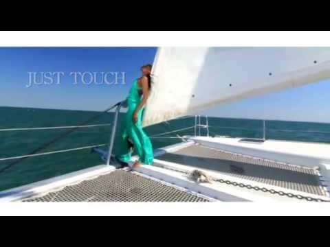 Just Touch – Gabriela c/ Massive Drum