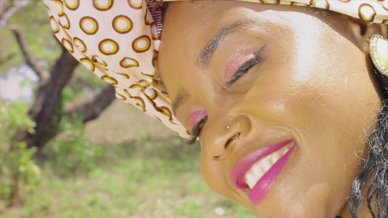 Kivaheni Nsurukuaka – Dama Ija